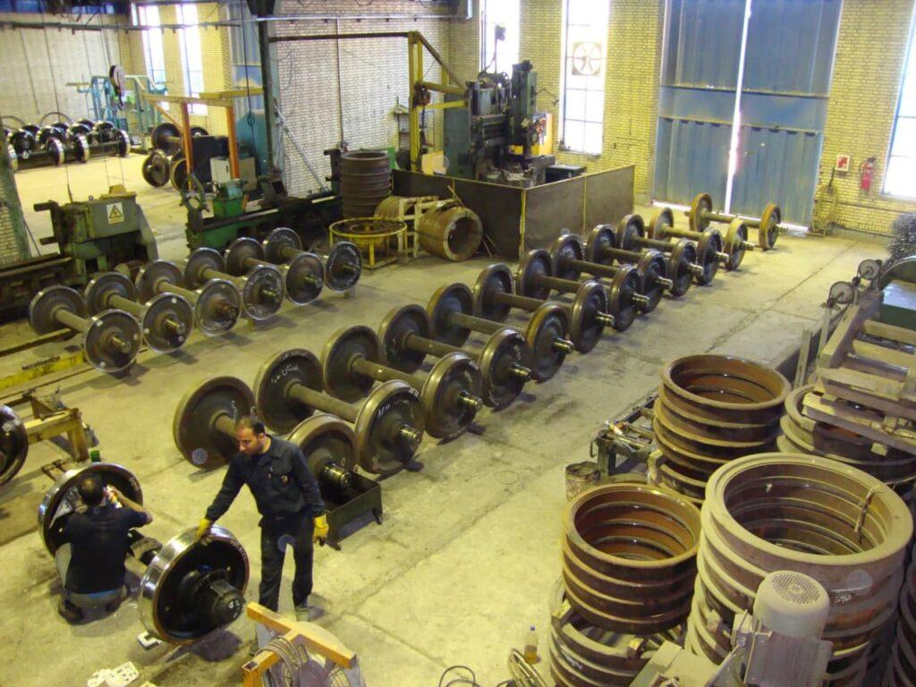 کارگاه تراش چرخ و محور شرکت یاوران فولاد جنوب