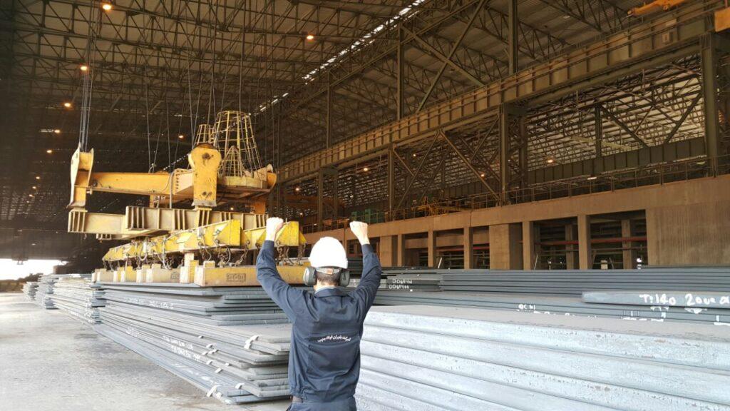 برش اسلب شرکت فولاد اکسین